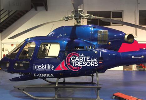 Un des hélicoptères de La Carte aux Trésors dans les Alpes de Haute Provence