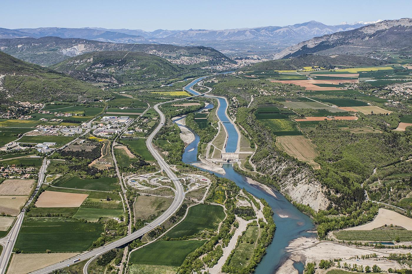 Vue aérienne de la Vallée de la Durance ©AD04-Thibaut Vergoz